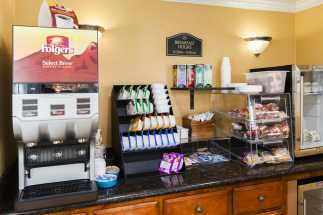 Tri Valley Inn - Breakfast Bar