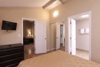 Tri Valley Inn - Guest Rooms with Ample Space