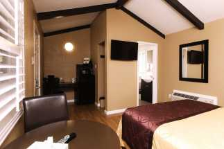 Tri Valley Inn - Flat Screen TV's In Our Rooms